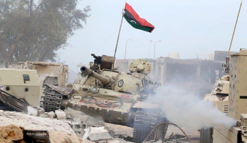 خبرنگاران نیروهای دولت لیبی 102 شبه نظامی حفتر را به اسارت گرفتند