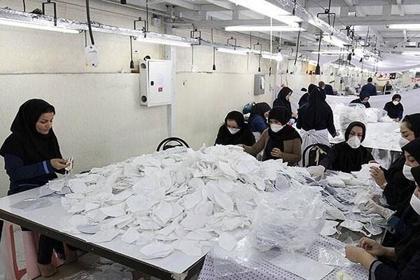 ماسک آنتی باکتریال در دانشگاه آزاد اسلامی قروه فراوری می گردد